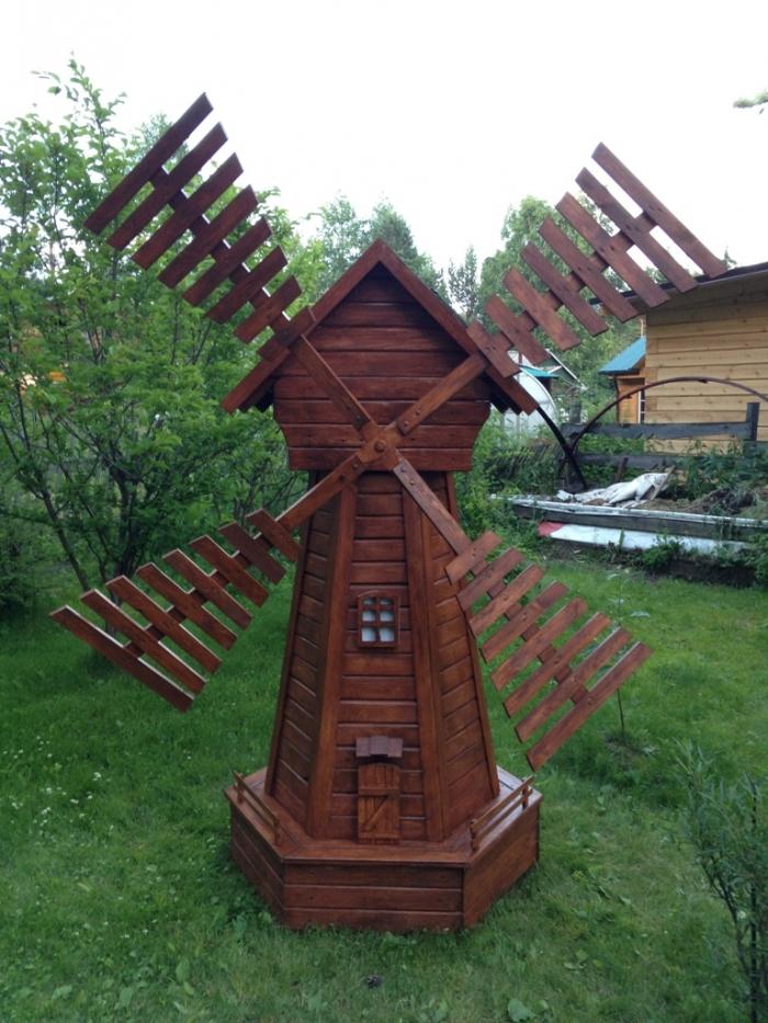 Мельницы для дачи своими руками фото из подручного материала